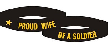 Proud Wife of a Soldier Bracelet- Army