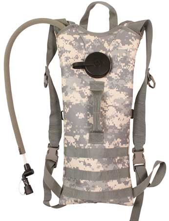 MOLLE Army Digital Camo 2 Liter Backstrap Hydration System Pack